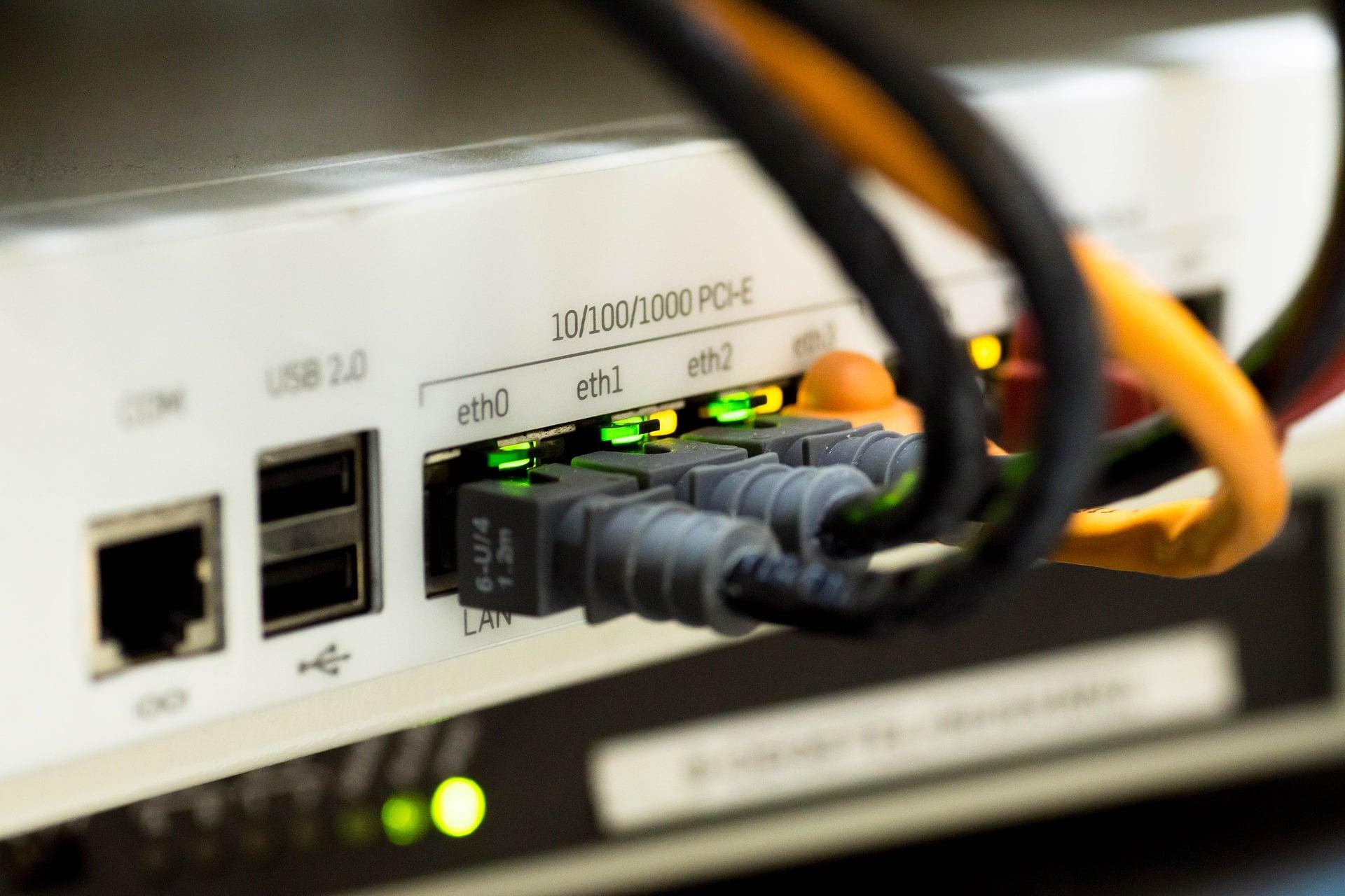 maintenance réseau informatique, ici un switch